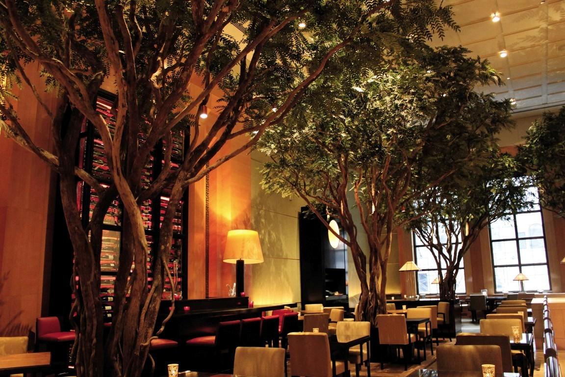 Scenic Runway » The Garden Restaurant (Four Seasons Hotel New York)